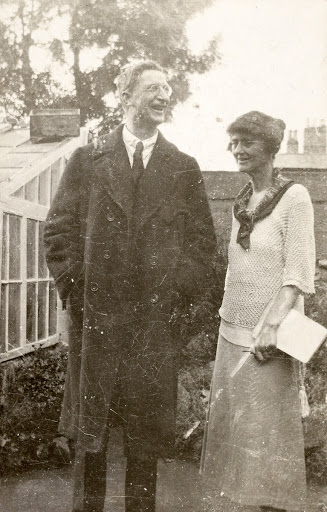 Markievicz with Eamon De Valera