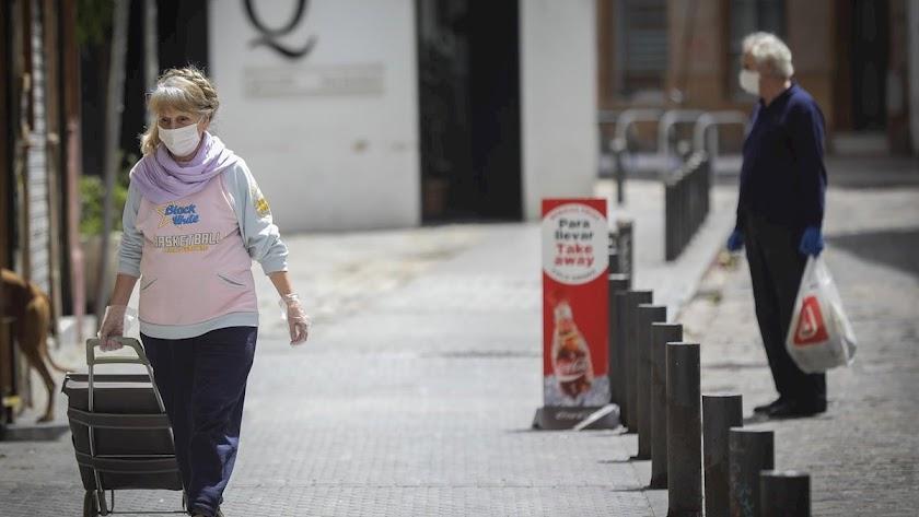 Andalucía anuncia un plan para prevenir rebrotes y repartirá 7,5 millones de mascarillas gratis a mayores.