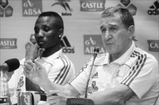 RARING TO GO: Bafana Bafana coach Carlos Alberto Parreira and stand-in captain Teko Modise during a media briefing yesterday ahead of the friendly game between South Africa and Namibia in Durban today. Pic: THULI DLAMINI. 02/03/2010. © Sowetan.