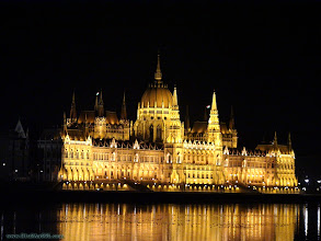 Photo: hungary, travel, parliament, budapest