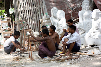 Photo: Year 2 Day 55 - Sculptors in Mandalay (On the Way to Amarapura)