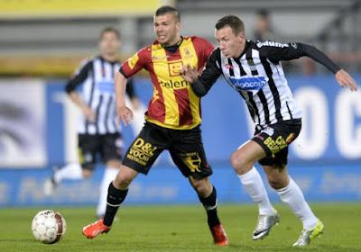 Alessandro Cordaro (Virton) supportert voor KV Mechelen in de bekerfinale