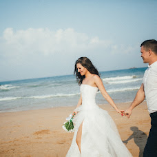 Wedding photographer Evgenii Katsinis (Joice). Photo of 08.05.2017