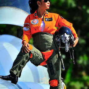 Fighter pilot by Alim Sumarno - Professional People Military ( pilot, fighter )