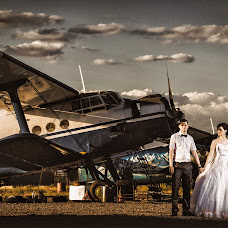 Wedding photographer Artur Aldinger (art4401). Photo of 02.05.2016
