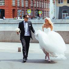 Wedding photographer Leonid Svetlov (svetlov). Photo of 16.04.2017