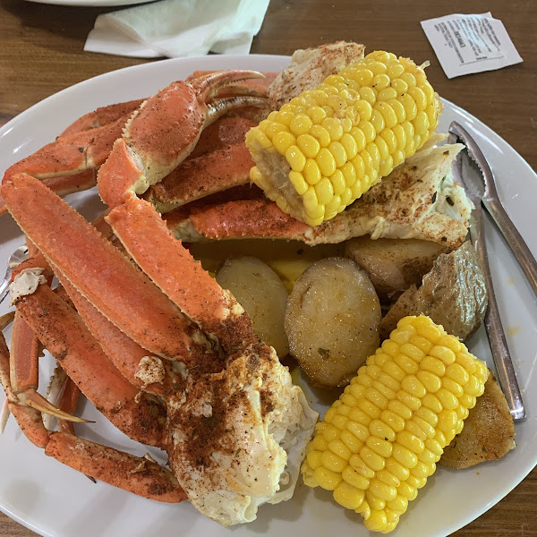GF steamed snow crab