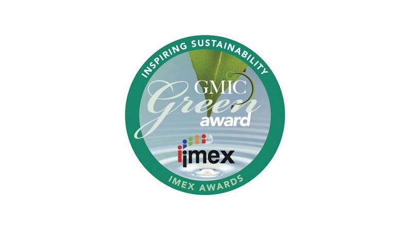 Winner 2015: Commitment to the Community Award
