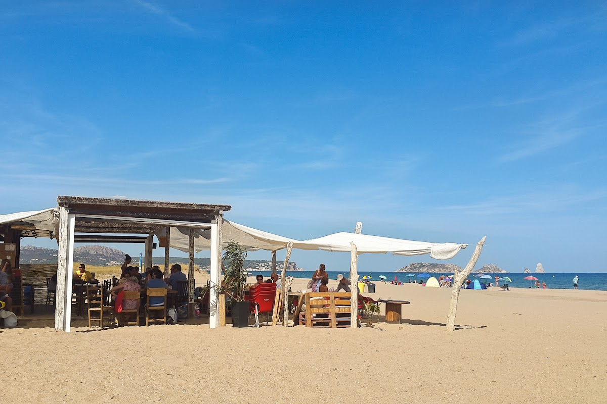 Chiringuito Mas Pinell Beach