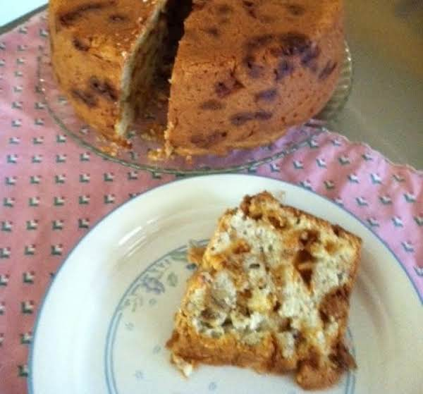 A Delicious And Easy To Make Cake.