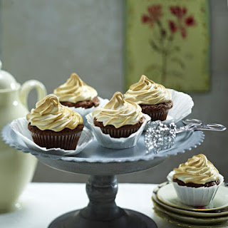 Chocolate Cupcakes with Caramel Meringue