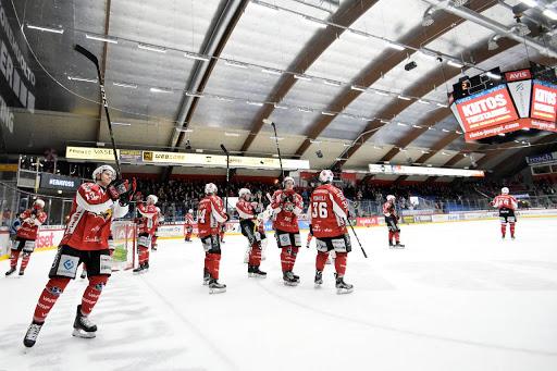 Sport tackar för sig för säsongen 2016-17. (Foto: Samppa Toivonen)