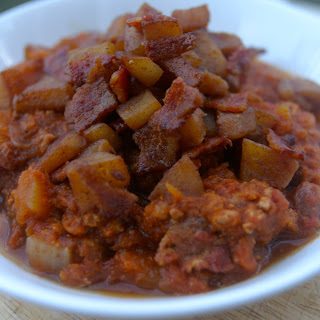 Crockpot Turkey Pumpkin Chili with Apple Bacon Compote