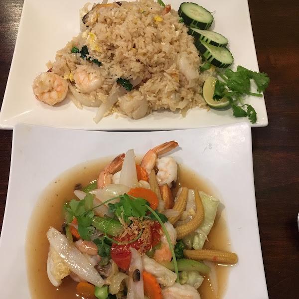 Mixed Seafood Fried Rice (top) and Pad Paak Shrimp Stir Fry (bottom)
