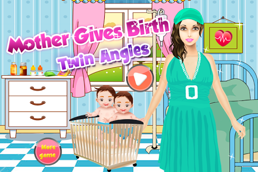 剛出生的雙胞胎寶寶遊戲