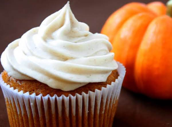 Pumpkin Cupcakes With Cinnamon Cream Cheese Frosting Recipe