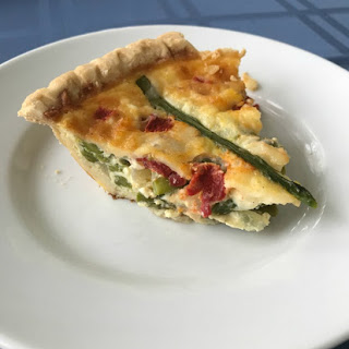 Red Pepper, Asparagus and Cheddar Quiche Recipe