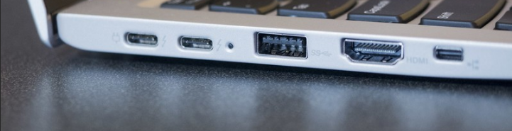 connect two monitors to a laptop