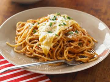 Saucy meatless spaghetti w/cheese