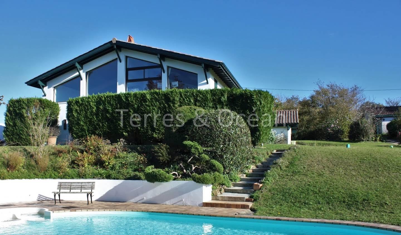 Maison avec piscine et terrasse Hasparren
