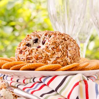 Honey Berry Blue Cheese Ball