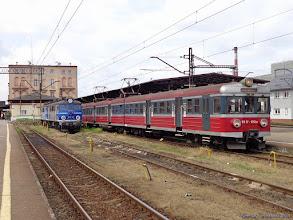 Photo: EN57-1112, Bydgoszcz Główna - Gdynia Chylonia (w oddali EP07-198 i EP07-1004) {Bydgoszcz Główna; 2014-06-17}