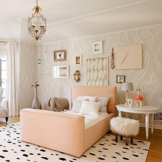 Indoor Safari Little Girl Bedroom Theme