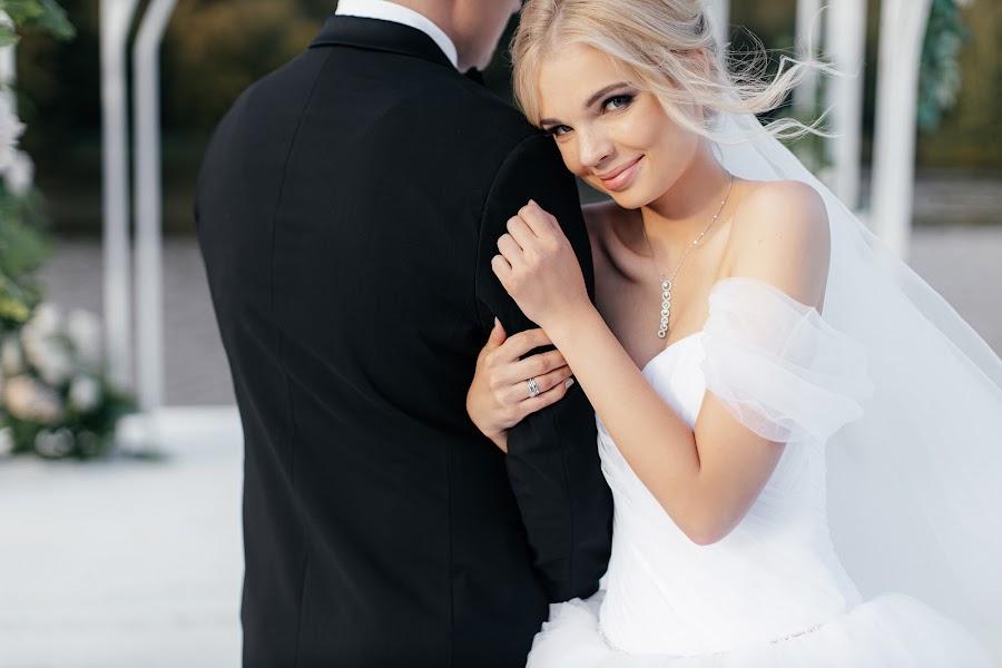 Fotógrafo de casamento Slava Semenov (ctapocta). Foto de 11.11.2019