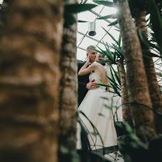 Wedding photographer Yana Krutko (YanaKrutko18). Photo of 19.04.2018