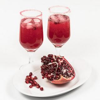 Pomegranate-Ginger-Chile Nojito Cocktail