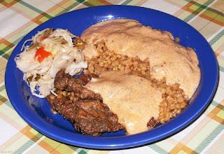 Photo: Wątróbka, węgierskie zacierki, sos grzybowy i csalamádé (10)