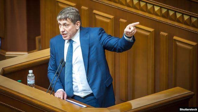 Голова конкурсної комісії і міністр енергетики Ігор Насалик не бачить сенсу продовжувати термін прийому заявок