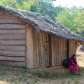 kutcha house made of straw, clay and wood by Basant Malviya - Buildings & Architecture Homes ( village, home )