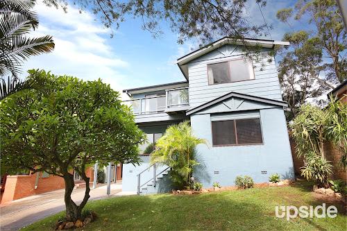 Photo of property at 5 Wallumatta Road, Newport 2106