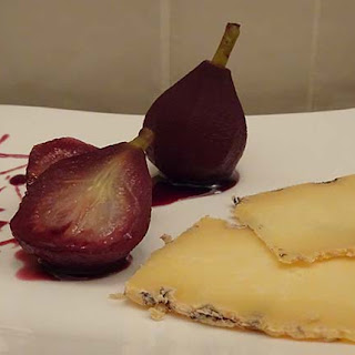Blue Cheese with Paradise Pears Poached in Mulled Wine Recipe