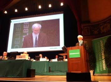 Manfred Budzinski auf der Aktionärsversammlung.jpg
