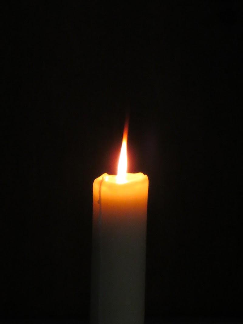 fiamma che vacilla di mariellaturlon