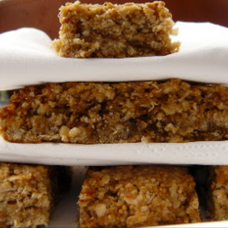 Chewy Fruit and Oat Bars
