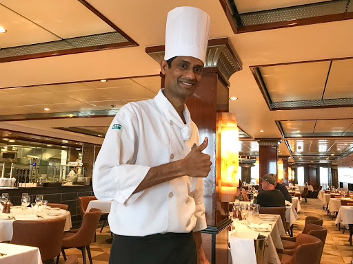 Cagney's-chef.jpg - The head chef during lunchtime at Cagney's on Norwegian Jade.