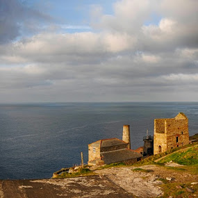 Levant by Cornish Nige  - Buildings & Architecture Public & Historical ( panaramas, sky, seascapes, sea, historic )