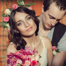 Wedding photographer Yuliya Alekseeva (Yuliasha). Photo of 19.04.2016