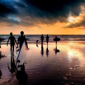 Going Surf by Ana Paula Filipe - Sports & Fitness Surfing ( surf, surfer, beach, carcavelos, sunset,  )