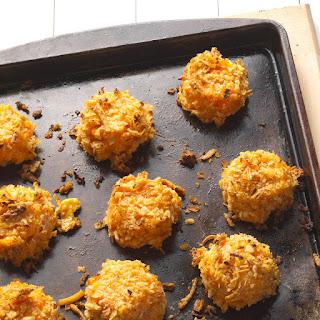 Buffalo Macaroni and Cheese Bites.