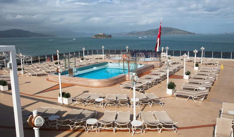 The pool on the Lido Deck of Cunard's Queen Eizabeth.