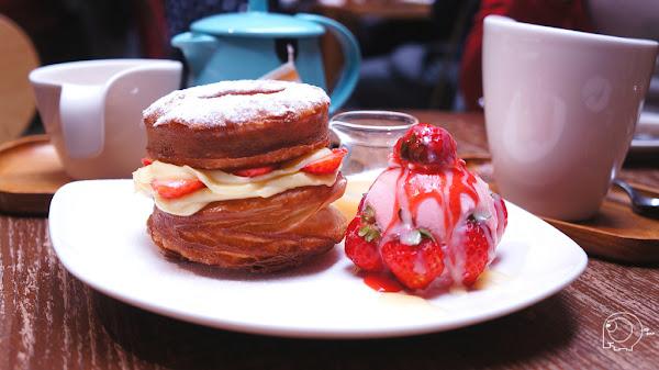 終於吃到火紅的草莓可拿滋了 三明治也不錯吃哦-好滴咖啡 Drip Cafe(松菸店)@捷運市政站@松山文創