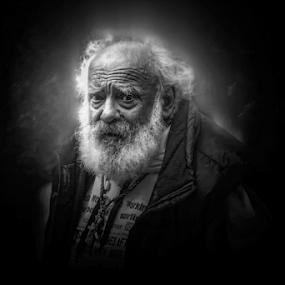 Old Man by Edi Libedinsky - People Portraits of Men ( old, sad, man, black and white, eyes,  )
