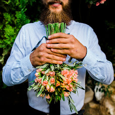 Wedding photographer Cesareo Larrosa (cesareolarrosa). Photo of 21.10.2016