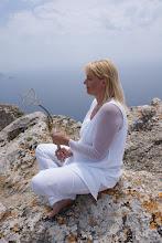 """Photo: Erdheilungsritual auf der Insel Korfu aud der Burg """"Angelo Castro"""""""