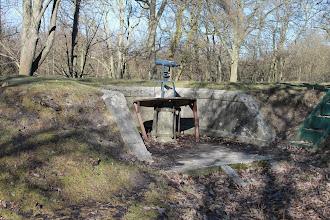 Photo: Kikkertstation (rekonstruktion) i Hvissinge Batteri