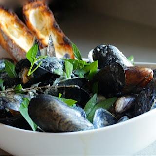 Mussels Steamed in a Dijon Mustard Cream Sauce (Mussels Dijonnaise) Recipe